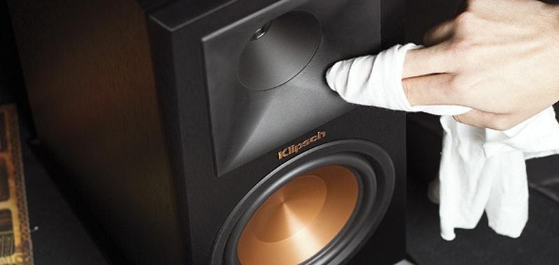 vệ sinh âm thanh hội trường