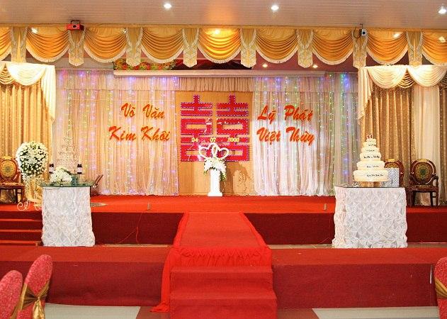 phông rèm hội trường đẹp tổ chức lễ cưới