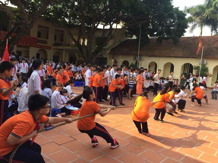 thể dục thể thao trường tiểu học