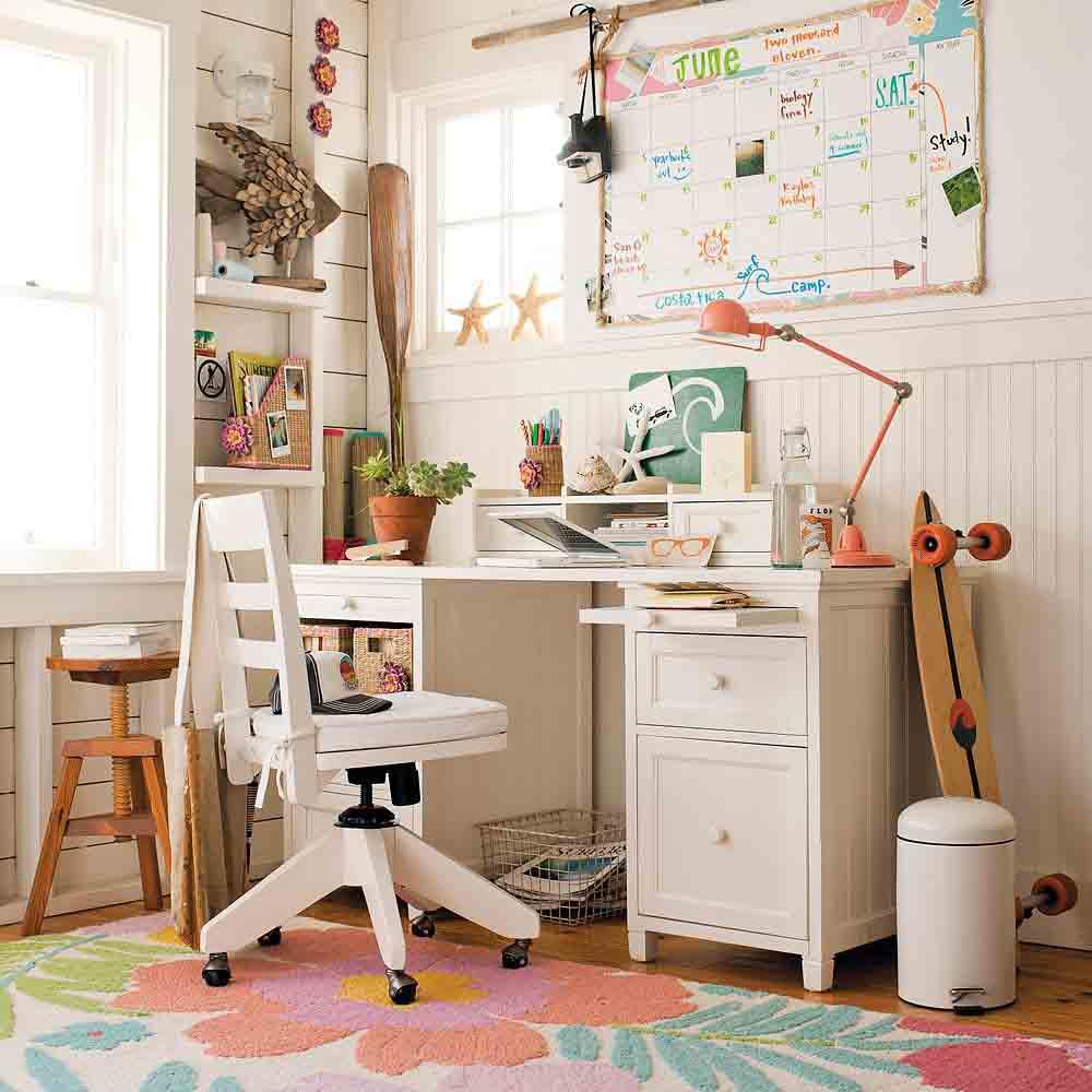 trang trí phòng học màu sắc trầm