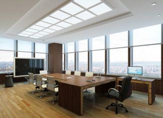 trang trí phòng họp bằng kính cường lực