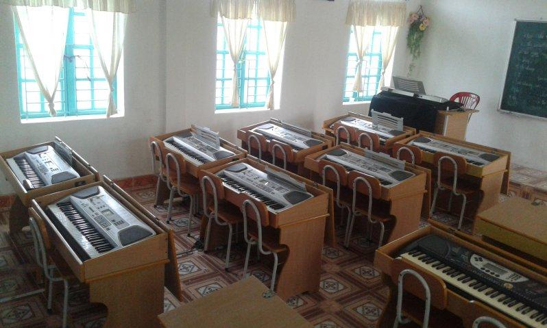 trang trí phòng học âm nhạc