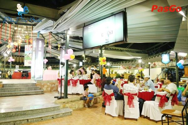 tổ chức sinh nhật nhà hàng phi phố biển