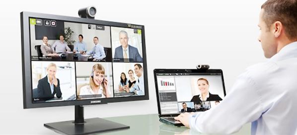 hội thảo trực tuyến bằng laptop