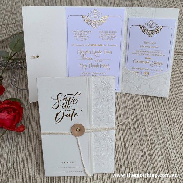 Thiệp cưới giá rẻ ép kem nhũ sang trọng